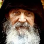 Elder Efraim of Arizona. The illness and the will of God
