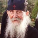 Elder Efraim of Arizona -Man changes at every moment